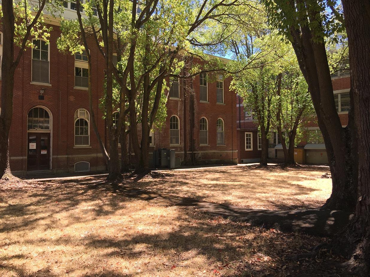 521_47-courtyard